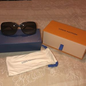Authentic Louis Vuitton Obsession Sunnies
